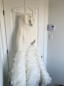 Pronovias Wedding Dress / Robe de mariée
