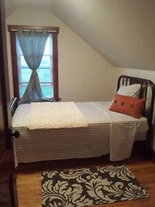 Rent Rooms /House Summer Vacay New Waterford Cape Breton