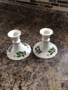 CHRISTMAS DISHES & CUPS