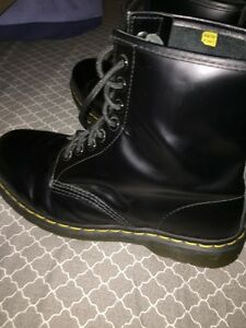 Dr Martens 8 hole smooth leather size 9 Peterborough Peterborough Area image 3