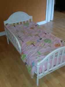 Lit de transition/Small bed for toddlers