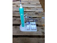 Oral B Electric Toothbrush With Stand
