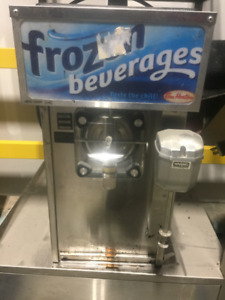 Used restaurant equipment. Very LOW PRICE!.  CALL 289 828 0316