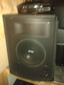 pyle speakers 500 watts new used 1 time