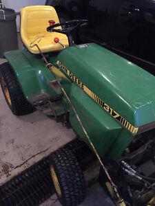 1979 John Deere 317 Tractor