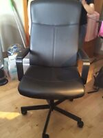 Artificial leather chair