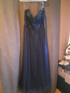 Formal Tulle Affair dress Size 18