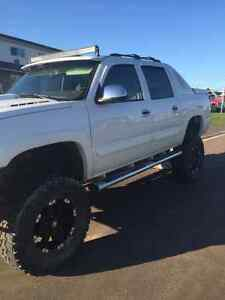 Lifted 2005 Chevrolet Avalanche