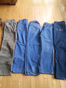 Lot of womens jeans/pants - size 13/14