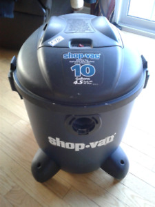 for sale......Wet/Dry Shop Vac