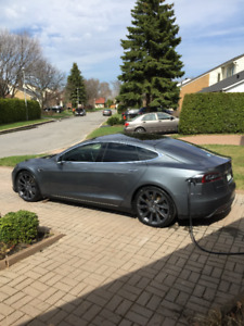 Tesla Model S 85 (2014) 82000KM - Encore garantie