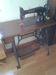 Antique Singer Tailors Sewing Machine