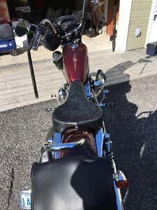 Harley XL1200V 72 Comme neuf