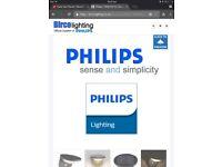 Philips Dusk LED Outdoor Solar Wall Light with PIR
