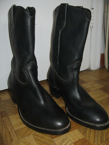 as new vintage Daoust Ruf-Rider  mens boots
