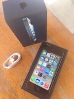 iPhone 5 (Rogers) + Box