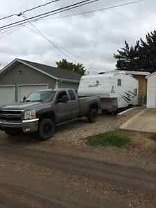 2009 Chevrolet Silverado 3500 Pickup and fifth wheel package