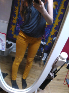 Ladies/ young adult yellow skinny pants SIZE 0