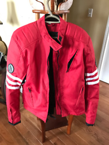 RIESSA Vented, Armored Weather Proof Motorcycle Jacket (Size M)