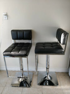 Like NEW - Mode black leather bar stools - 1 pair (2 bar stools)