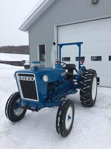 Tracteur ford3000
