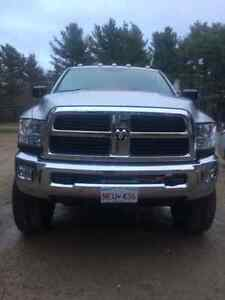 For sale power wagon heavy dutie hemi 2500