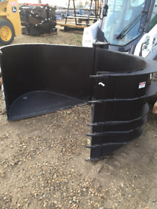 "82"" BOBCAT HEAVY DUTY SILAGE BUCKET"