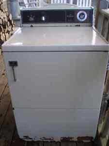 older working electric dryer