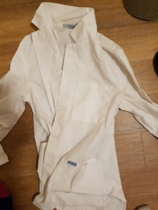 Small MOBB white lab coat