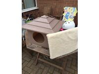 Cat or small dog kennel - outdoor shelter