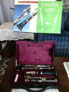 BUFFET crampton B12 Clarinet with Case.