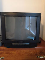 """I have 20"""" sony TV give away"""