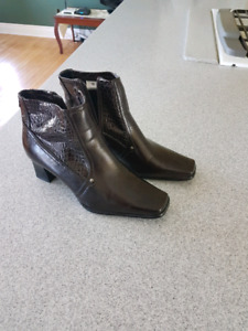 Womens short dress boots.
