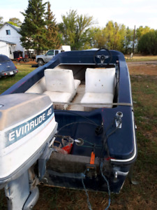 14ft foot boat motor and trailer