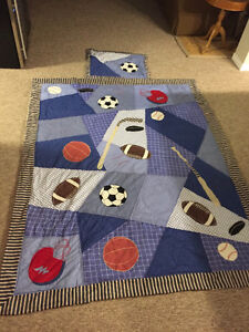 Little boys bedding in great condition!