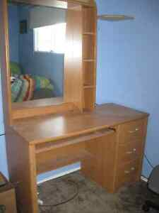 Desk/Vanity Table with Mirrored Hutch