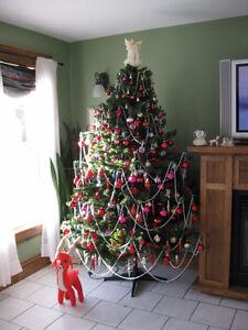 7 1/2 FT. BARCANA  DELUXE folding ARTIFICIAL FIR CHRISTMAS TREE