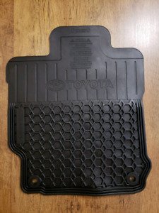 2016 Toyota Camry floor mats NEW
