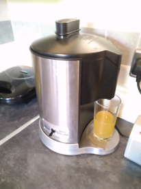Waring Juice Extractor *PRICE FURTHER REDUCED*