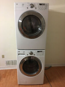 """2016 Lg white 27"""" front load washer electric dryer stackable,,,,"""