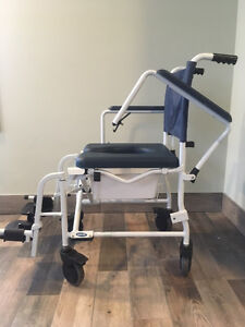 Invacare collapsible commode chair. Model 6891. Cornwall Ontario image 3