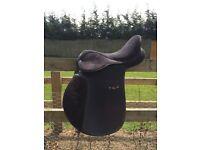 """Rhinegold 16.5"""" synthetic saddle"""