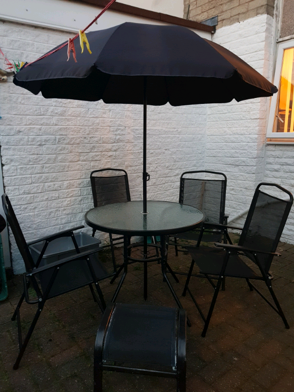 Glass Round Table With 4 Chairs Umbrella And 2 Foot