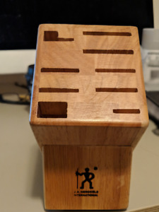 Zwilling J.A. Henckels knife block - $15 Brand new (Never used)