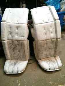 White Boddam Goalie Pads 32""