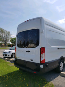 2017 ford 3.2L diesel transit high roof and 3 skids