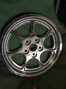 Victory Rear Pulley Chrome