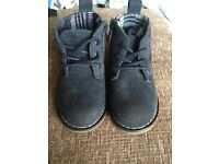 Size 4 navy boot shoes