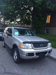 Ford Explorer 2005  4x4, 4.0L, 6 cylindres VUS