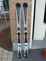 Womens Essenza Skis